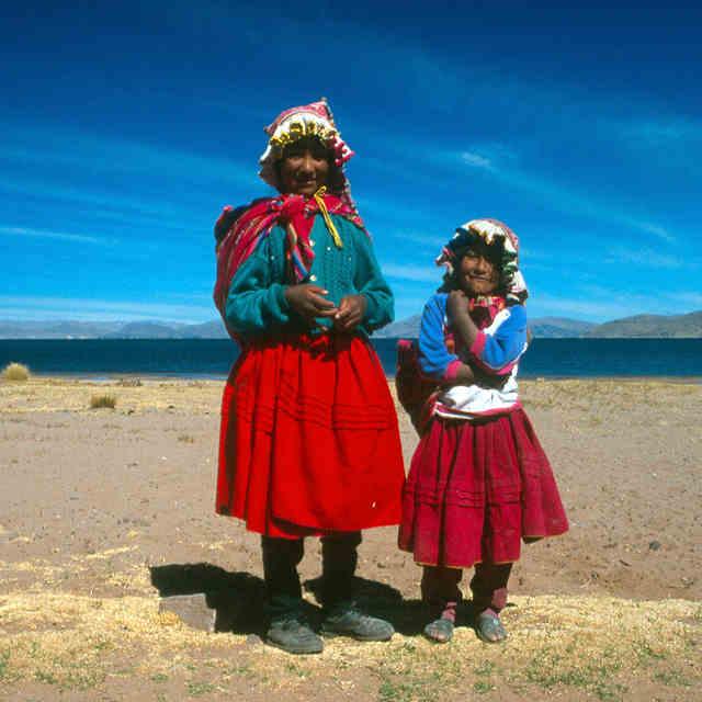 femmes-lac-titicaca-perou