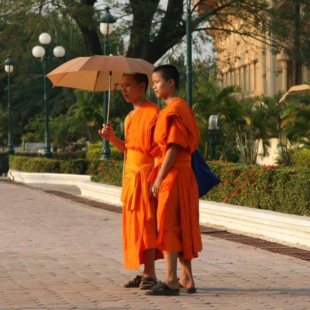 Enfants Moines - Voyage Laos