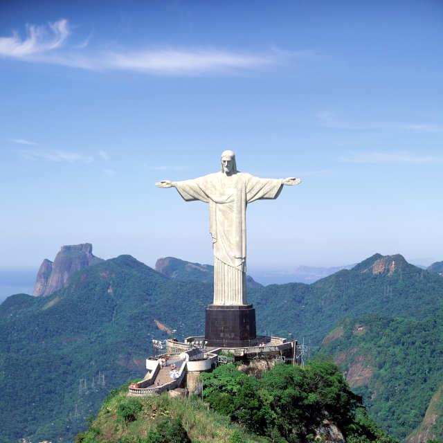 christ-redempteur-rio-de-janeiro-bresil